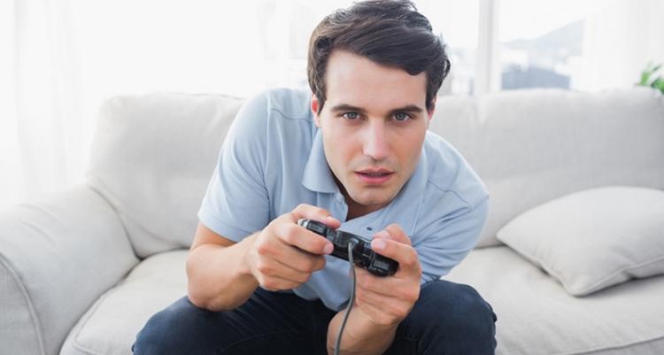 Заработать реальные деньги в онлайн-игре без вложений не так сложно, как может показаться