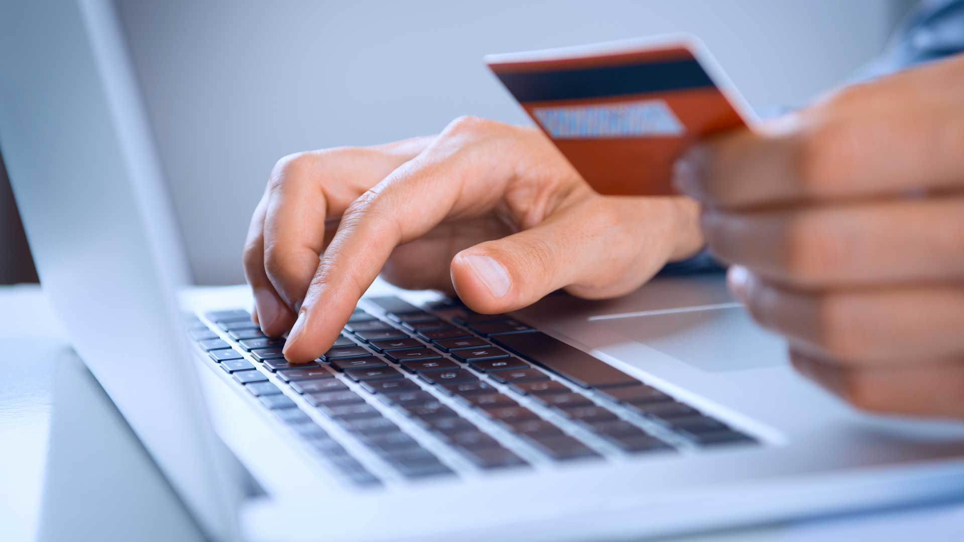 Взять онлайн-займ быстро, круглосуточно и почти без отказа сейчас проще, чем кажется
