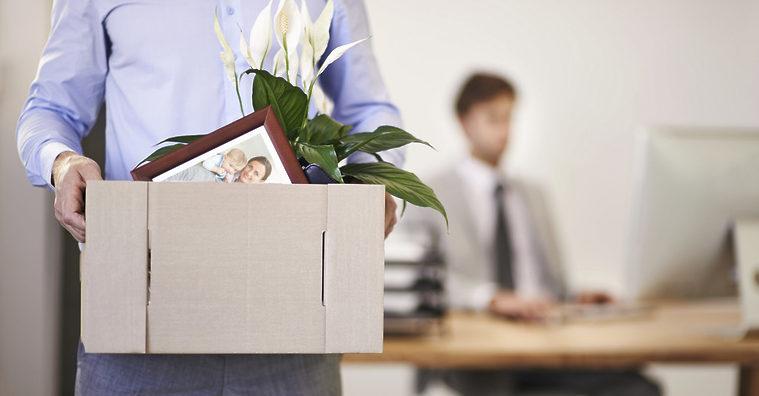 Закон предусматривает право каждого работника на расторжение трудового договора по собственному желанию