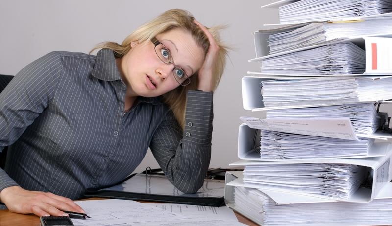 Документы, касающиеся сотрудников компаний и учреждений, хранятся в их личных делах, на каждое из которых оформляется опись
