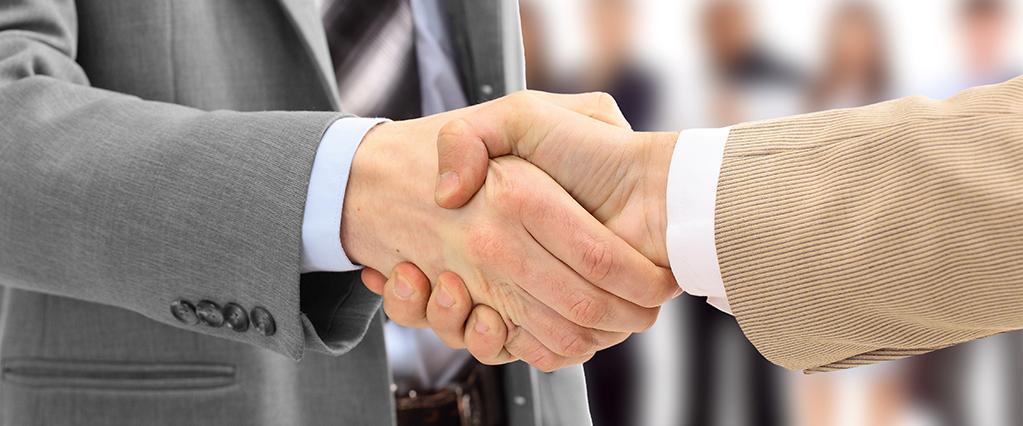 Некоторые работники и работодатели часто путают понятия совместительства и совмещения