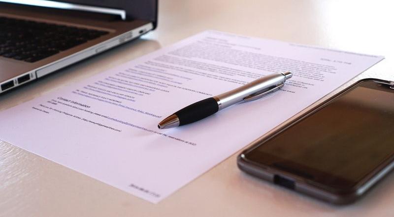 Трудовой договор составляется в двух экземплярах — для работодателя и сотрудника