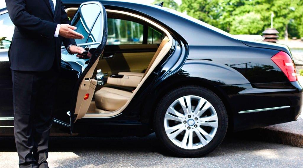 Правильно составленное резюме водителя – это возможность выделить себя из многочисленных кандидатов на эту должность