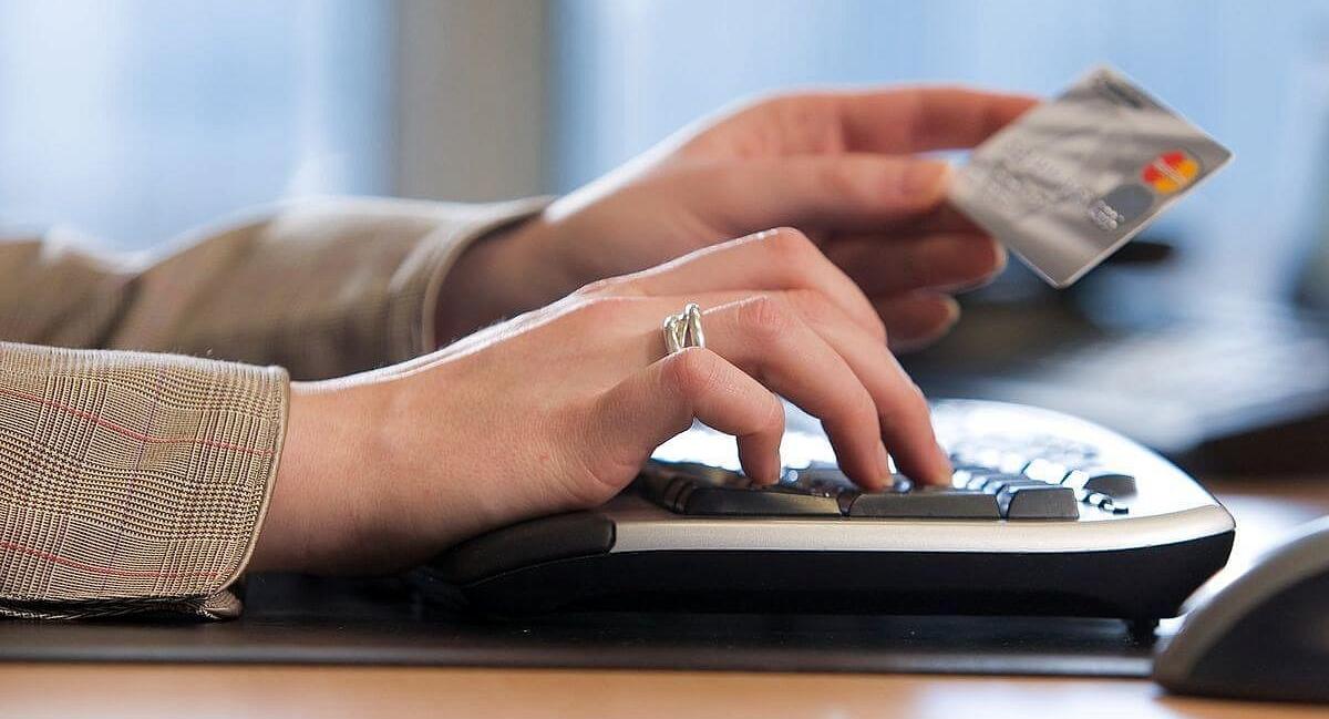 На сегодняшний день нет сложностей в том, чтобы получить онлайн-кредит на карточку в Казахстане