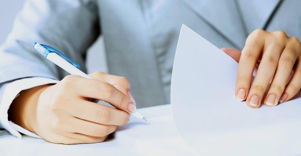 Расписка о получении денег за квартиру — незаменимое приложение к договору купли-продажи