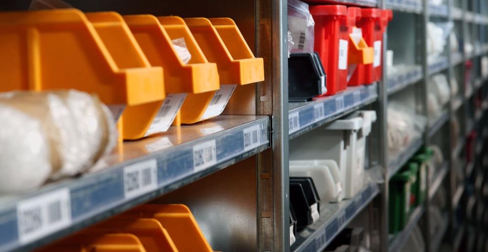 Система SKU-кодов используется в торговле для унификации документации и организации складской деятельности