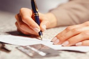 Какие выплаты положены при сокращении работника?