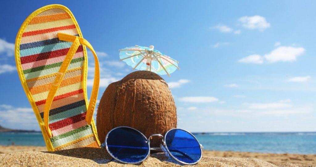 Уведомление об отпуске оформляется и вручается под подпись работнику не позднее чем за 2 недели до начала отдыха