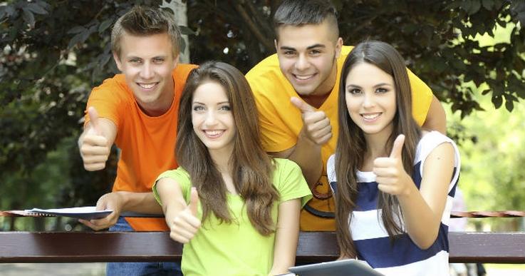Сбербанк предлагает клиентам в возрасте до 25 лет оформить Молодежную карту