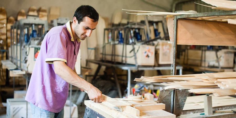 Собственный бизнес способен принести гораздо больше прибыли своему владельцу, чем простая работа по найму