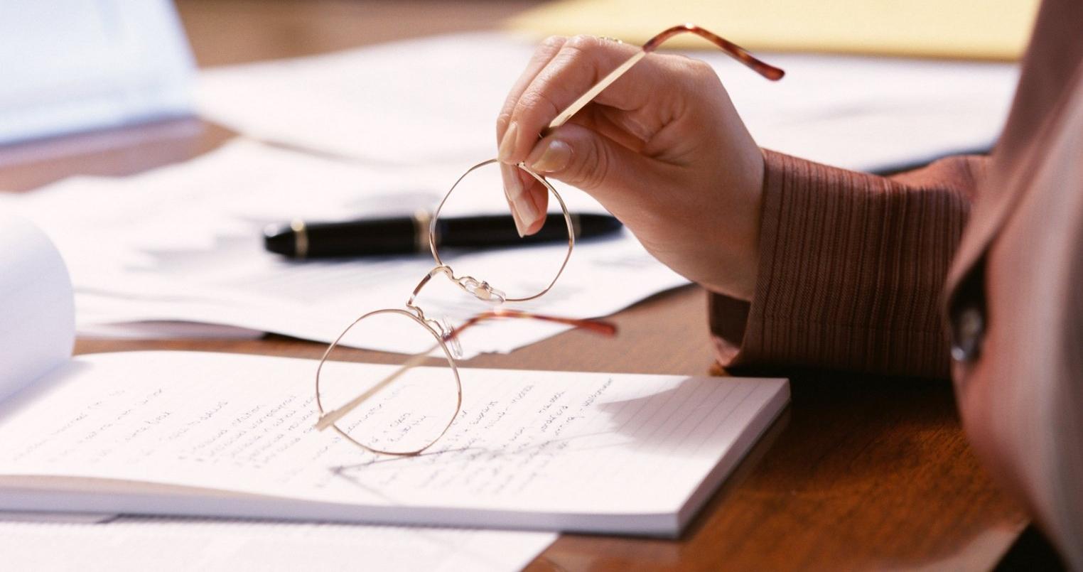 Для перевода терминов «ООО» и «общество с ограниченной ответственностью» на английский язык используется словосочетание Limited Liability Company и аббревиатура LLC