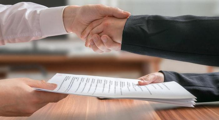 Договор цессии не может быть заключён в отношении обязательств, непосредственно связанных с личностью взыскателя или должника