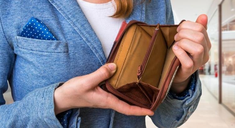 Во взаимоотношениях работодателя и персонала одним из ключевых вопросов является финансовый