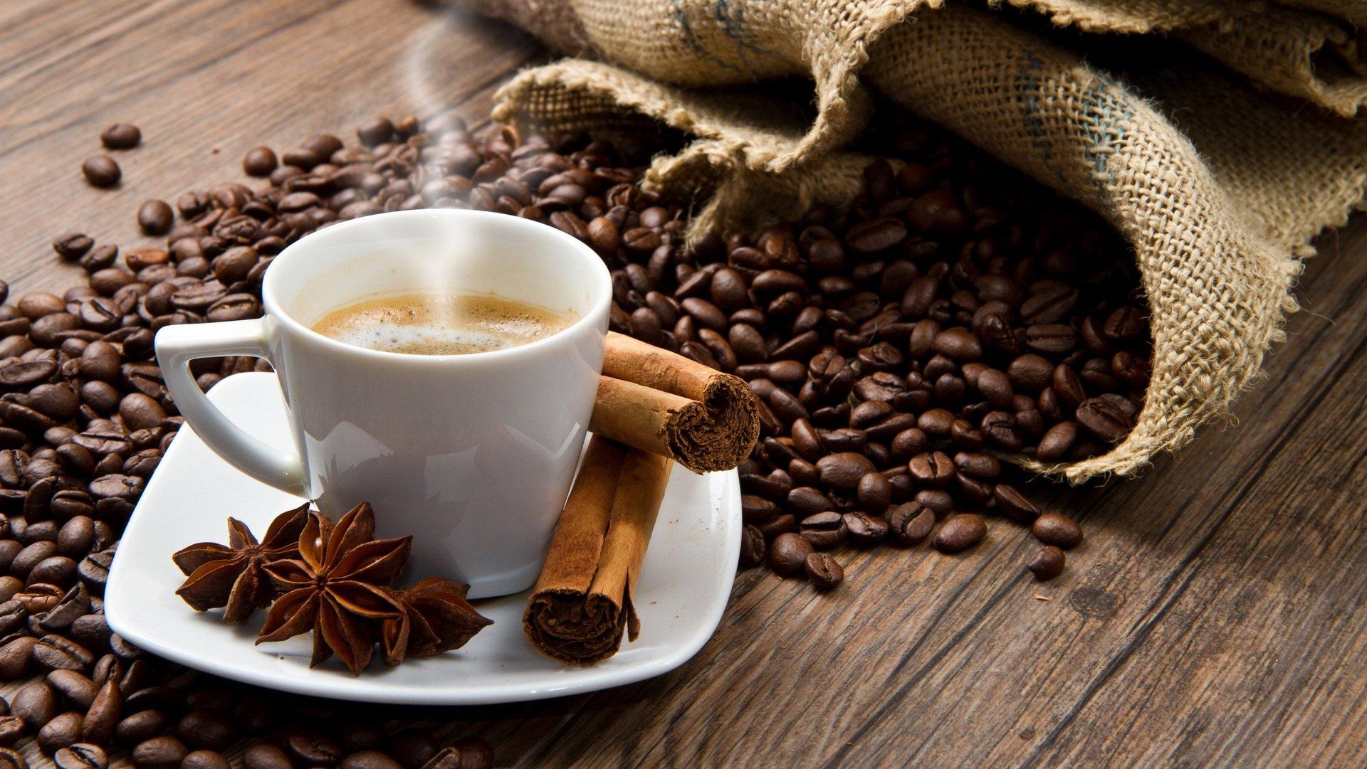 Чтобы открыть кофейню с нуля, предпринимателю нужно зарегистрироваться в налоговой инспекции