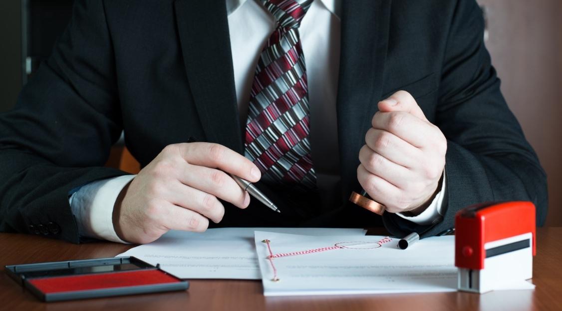 Сотрудник отдела кадров должен иметь представление обо всех организационных вопросах